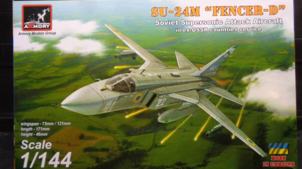 """Soukhoï SU 24 M """"FENCER-D"""" 1/144 ARMORY Dsc07015"""
