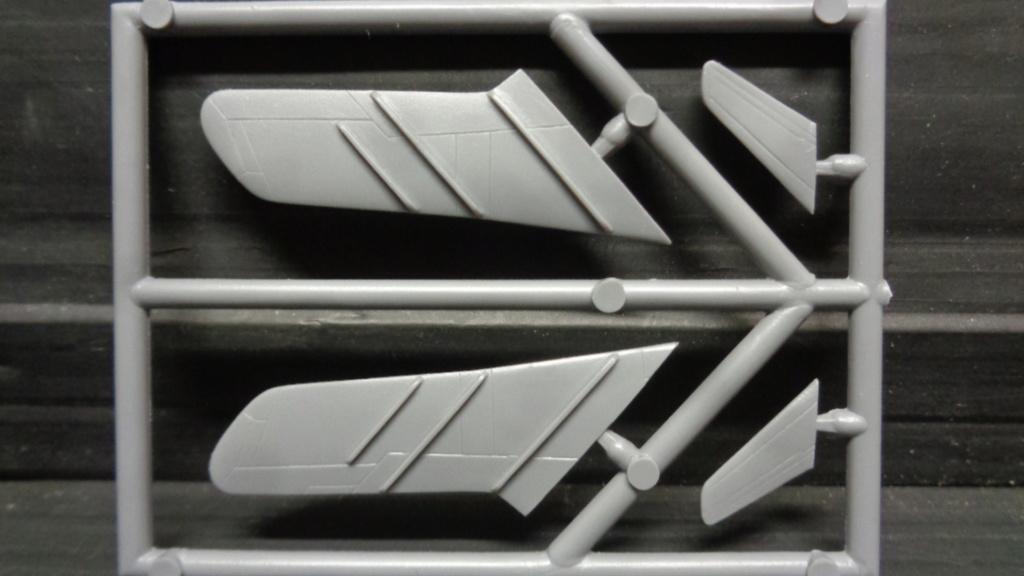MIG 17 F  Attack Hobby Kits (Jach) 1/144 Dsc07554