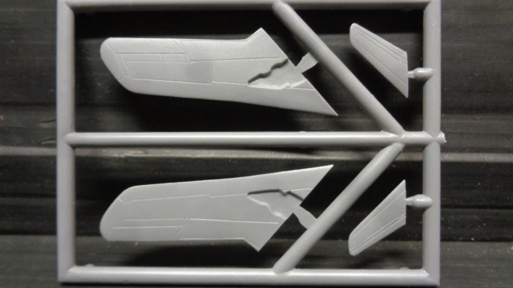 MIG 17 F  Attack Hobby Kits (Jach) 1/144 Dsc07555
