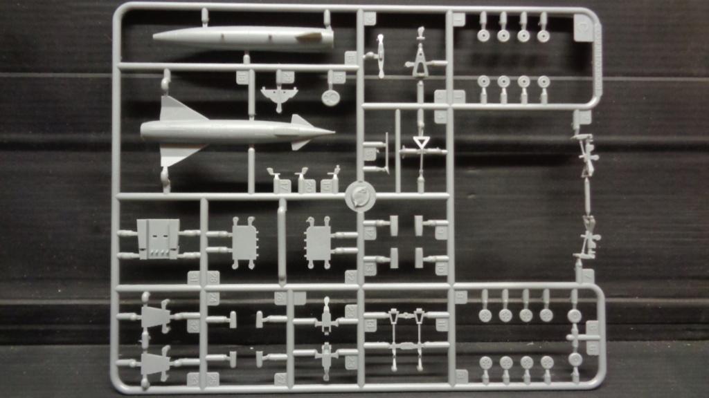 AVRO VULCAN B MK II Trumpeter 1/144 Dsc07617