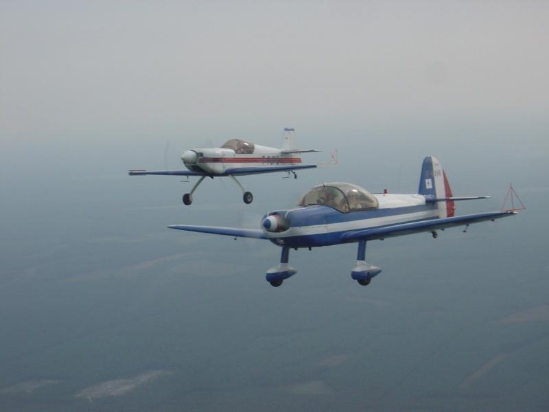 Régle de base du vol en patrouille - Page 2 Dsc02210