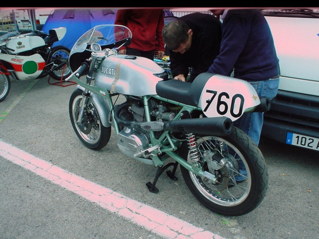 les coupes MOTOLÉGENDES .... Dsc02325