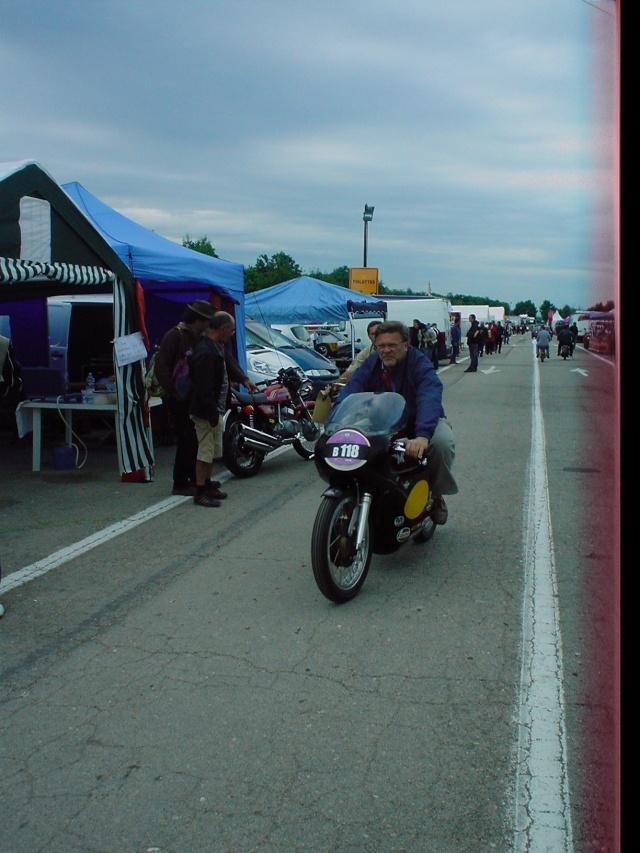 les coupes MOTOLÉGENDES .... Dsc02326