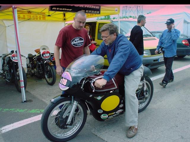 les coupes MOTOLÉGENDES .... Dsc02328