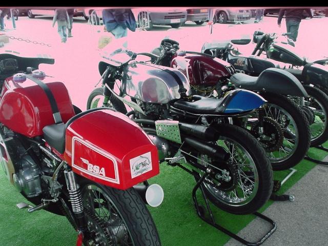 les coupes MOTOLÉGENDES .... Dsc02411