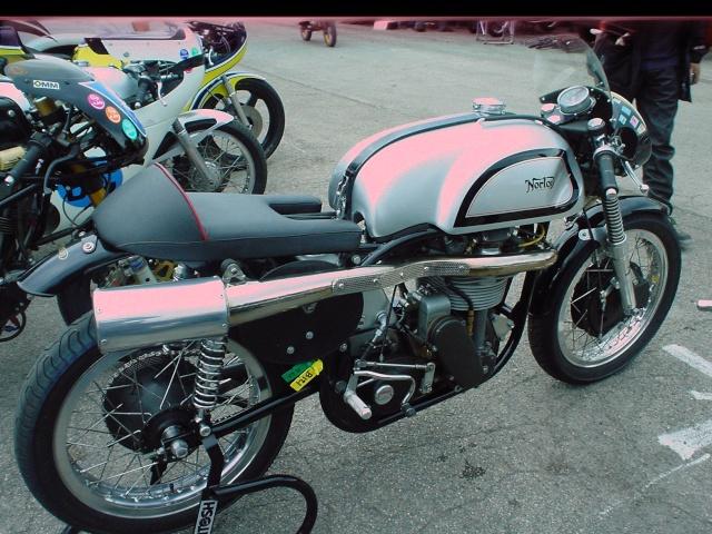 les coupes MOTOLÉGENDES .... Dsc02421