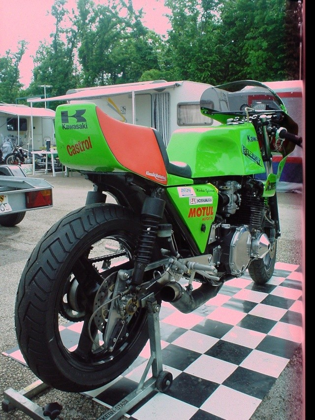 les coupes MOTOLÉGENDES .... Dsc02445