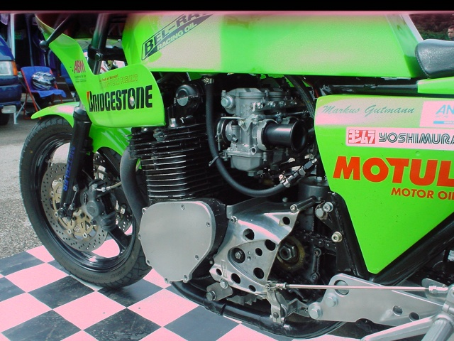 les coupes MOTOLÉGENDES .... Dsc02446