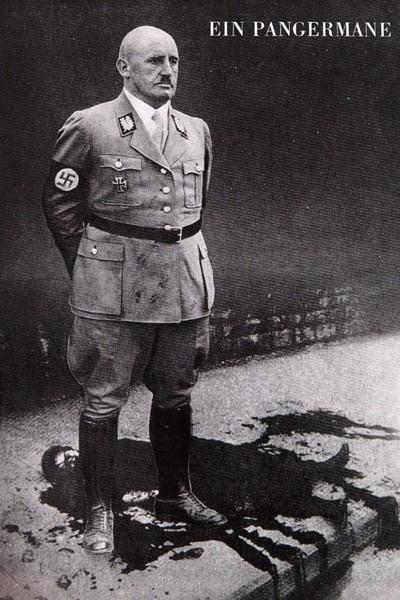 L'Anti-Nazisme de John Heartfield Aiz_110