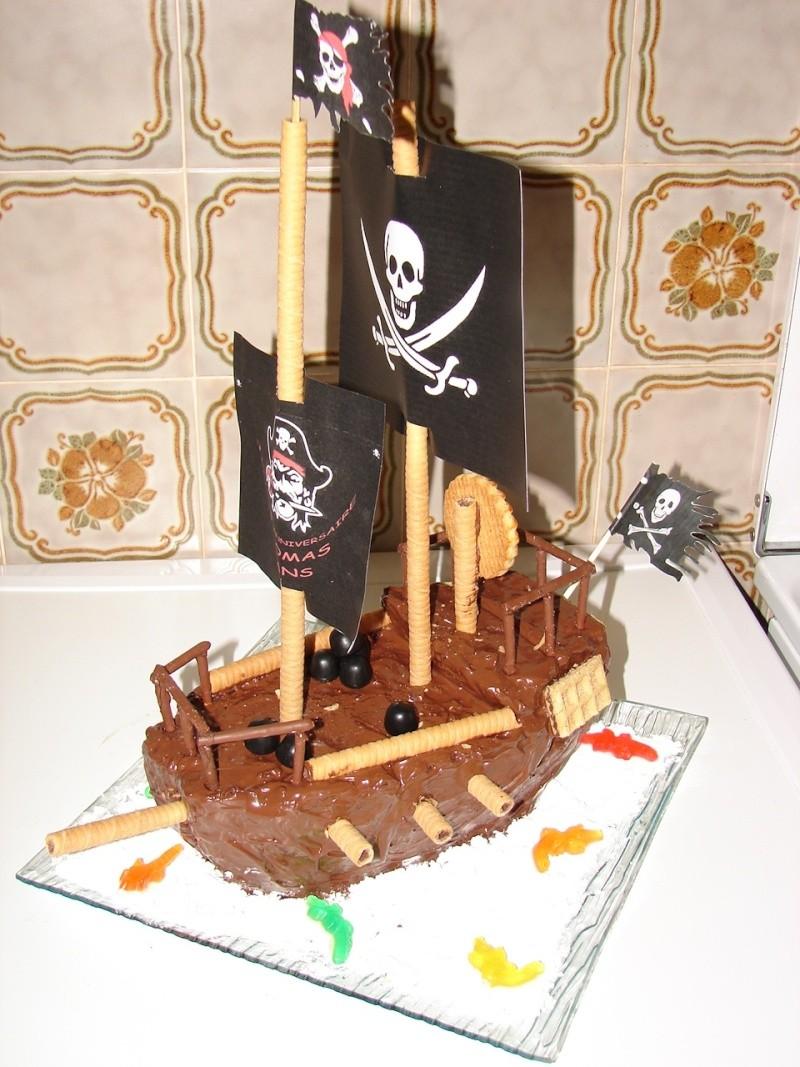 Le bateau pirate - Page 2 Dsc00610