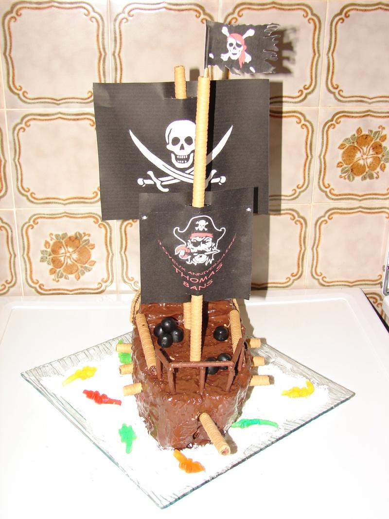 Le bateau pirate - Page 2 Dsc00611