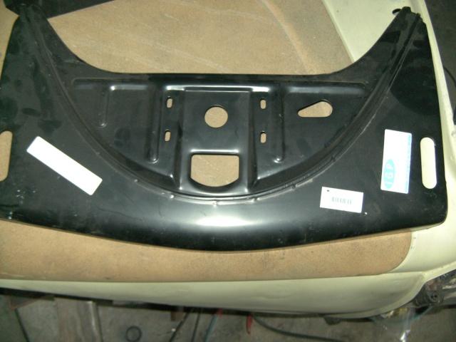 Pieces neuves et ocasse, pneus, verrin pneumatique etc..... Bild0013
