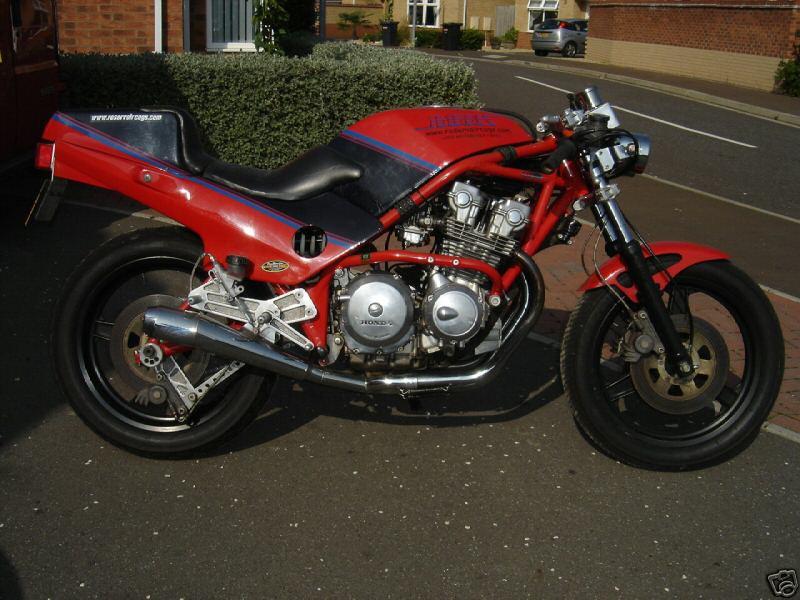toutes docs ou photo de moto Harris Harris14
