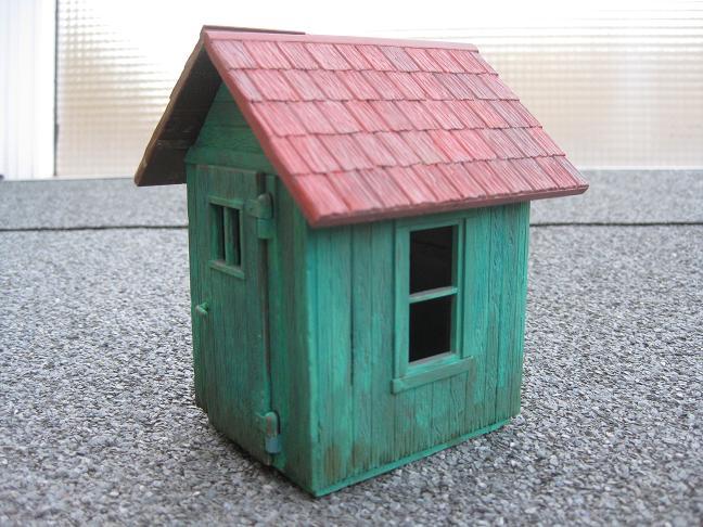 Reforma de la caseta de fusta PIKO 62261 Img_1954
