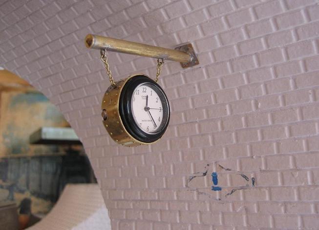 Construcció d'un rellotge d'andana Img_2424