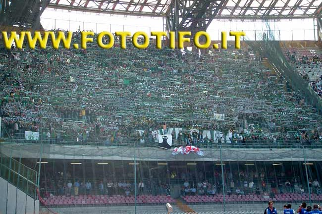 derby italiens - Page 2 20042037