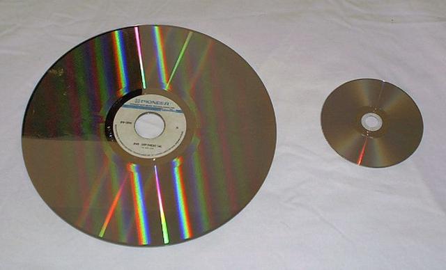 LaserDisc Compar10