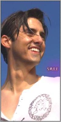 Créations de m*rde :D Smile10