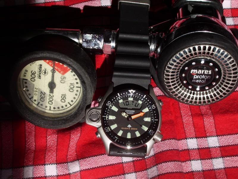 CITIZEN Aqualand 1 Diver's 200 JP2000-08E Imgp7310