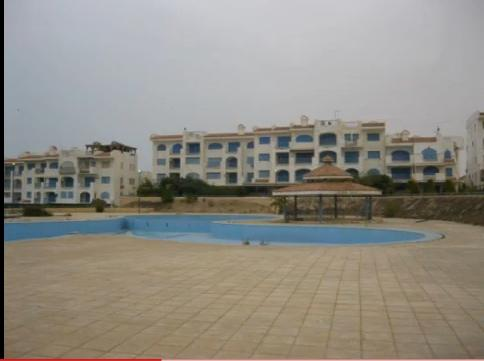 اشترى وصيف فورا بقرية اللوتس شقة تطل على حمام سباحة وترى البحر 211
