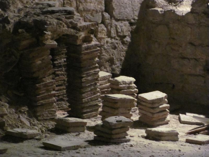 Crypte archéologique Img_8712
