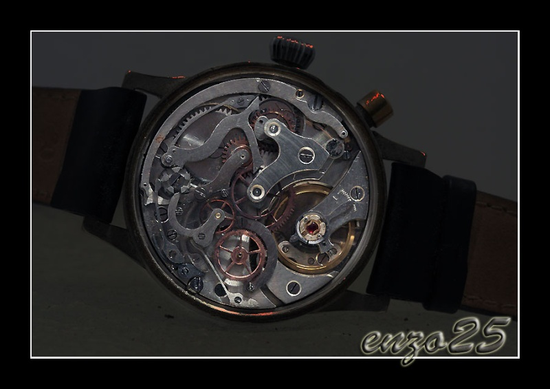 Hanhart un chrono militaire de poche avec un calibre de montre bracelet  Mouvem10