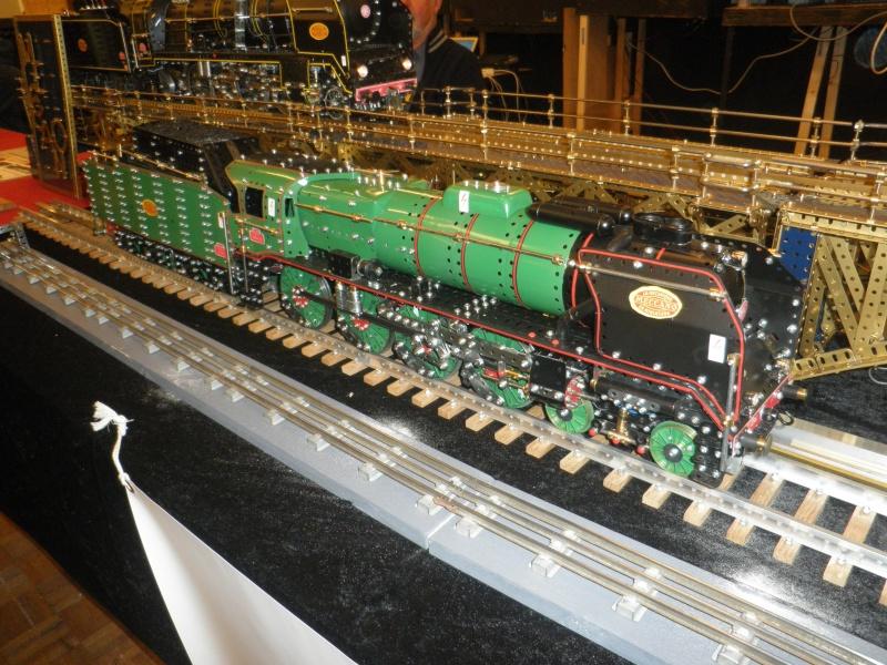 13 salon du train miniature Pb100212