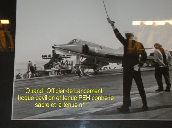 les installations aviations sur portes avions - [Divers Portes avions classiques] Les installations aviations sur les portes avions - Page 3 Catapu11