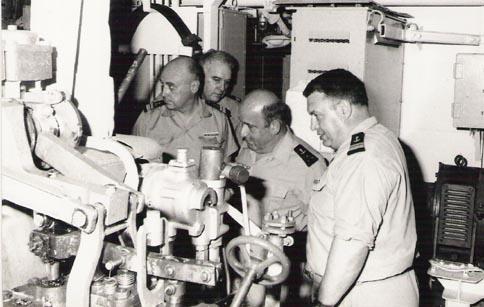 [Les traditions dans la Marine] Inspections de tranche, techniques et générales. - Page 2 Colber14