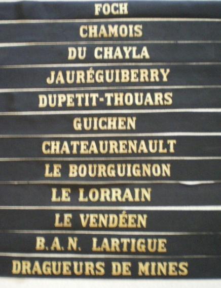 [LES TRADITIONS DANS LA MARINE] LES RUBANS LÉGENDÉS - Page 4 Legend11