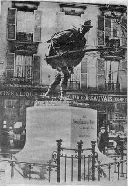 monument des Ternes à PARIS Le_fra11