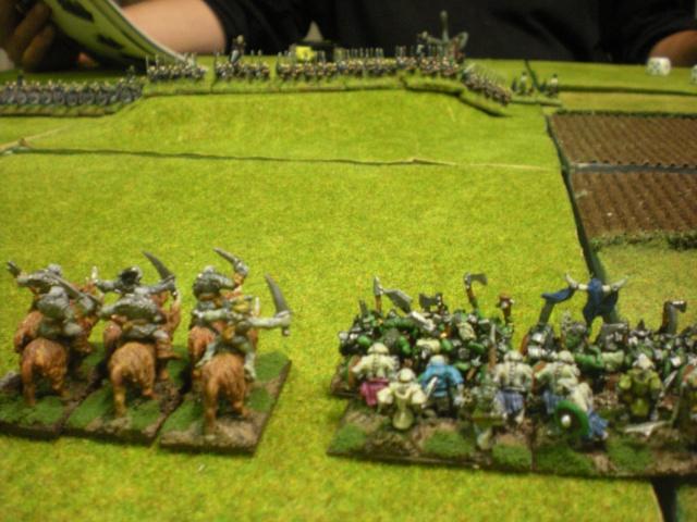 Royaume Ogre contre Elfes noirs. Dscn1416