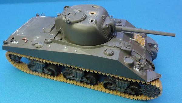 (Denis Simon) M4A4 Sherman Austerlitz - Page 2 M1110