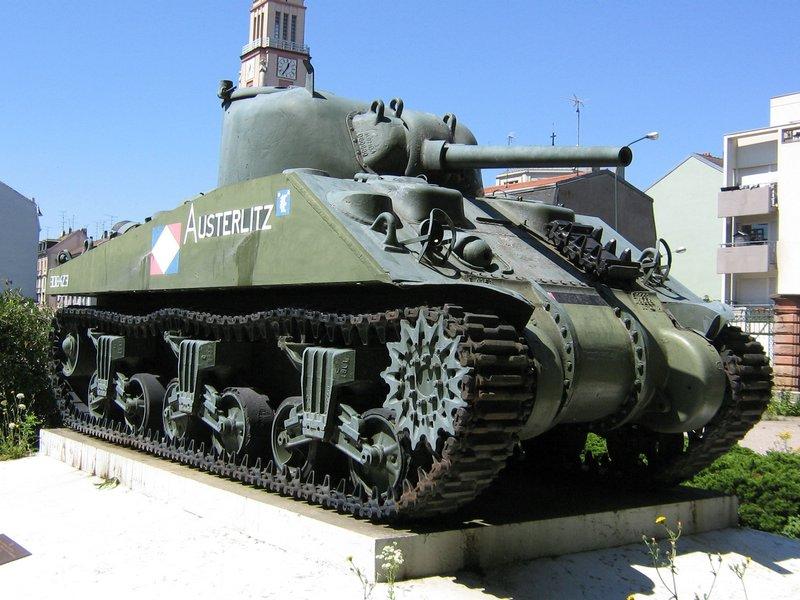 (Denis Simon) M4A4 Sherman Austerlitz M4a42011