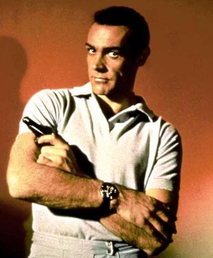 Les montres au cinéma ou les photos célèbres d'acteurs les portant James-10