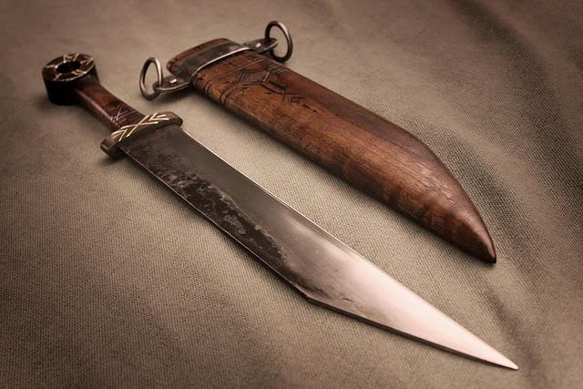 Classification Petersen (style viking) Draktu10