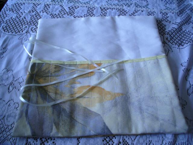 des sacs, des trousses et des sacs et des trousses Dcfc0031
