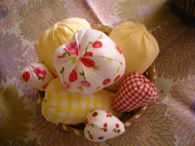 fruits et fleurs de lilas en février Fruit11