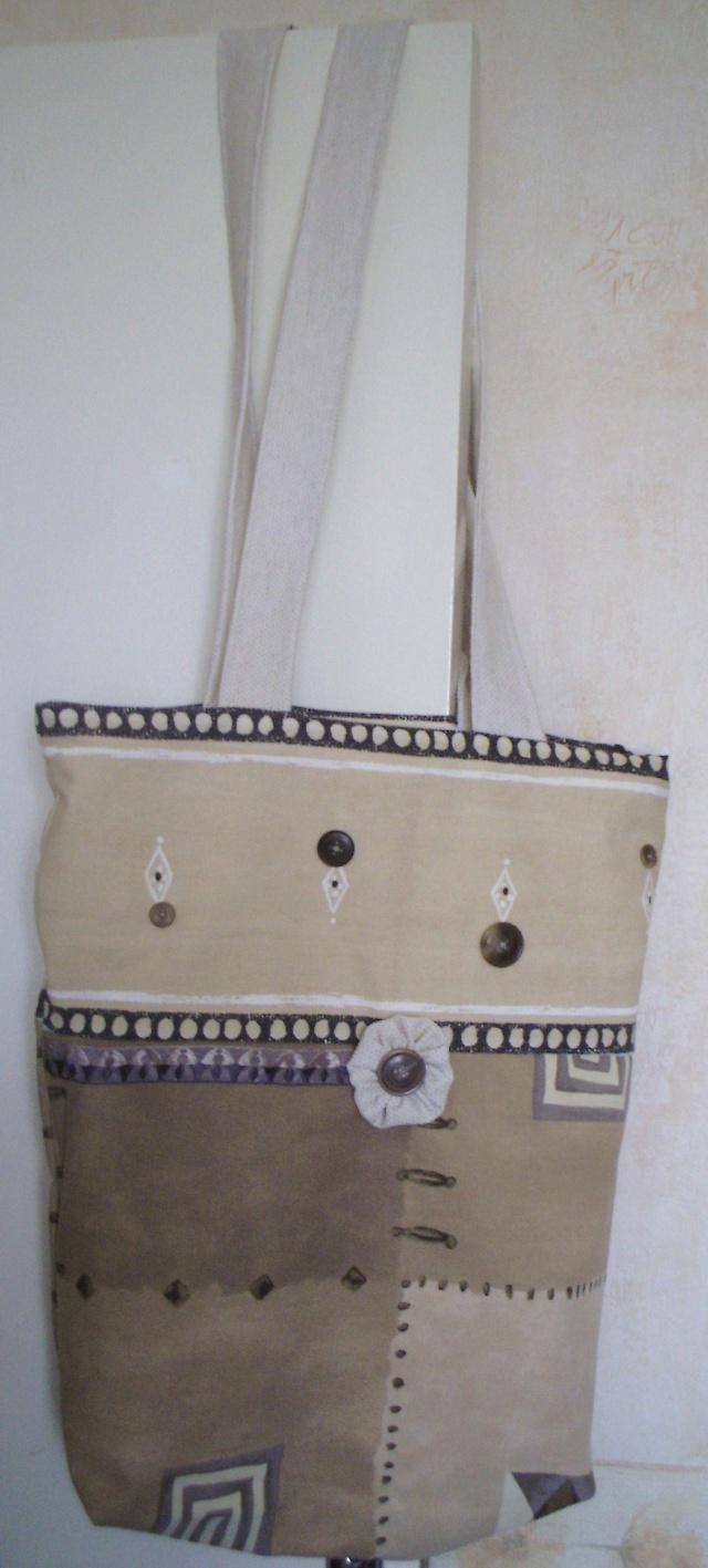des sacs, des trousses et des sacs et des trousses Sac_411