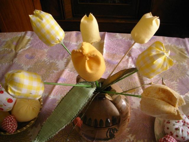 fruits et fleurs de lilas en février Tulipe10