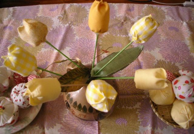 fruits et fleurs de lilas en février Tulipe12