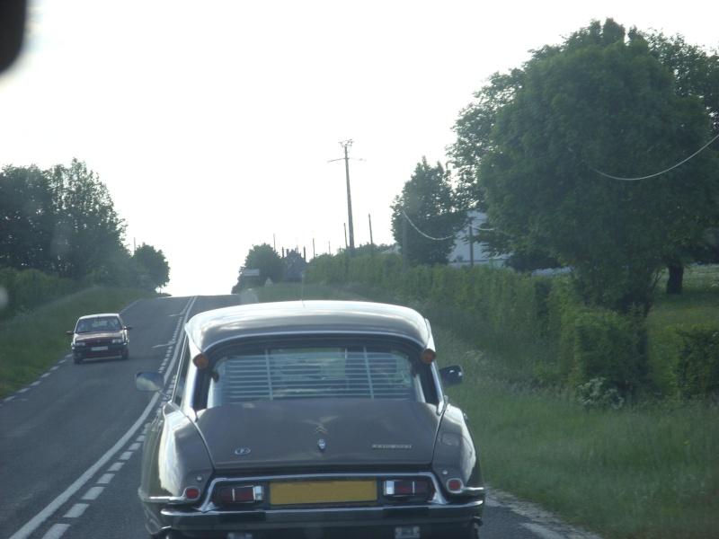 [Photos] Les Citroën croisées dans la rue - Page 2 Ds_2010