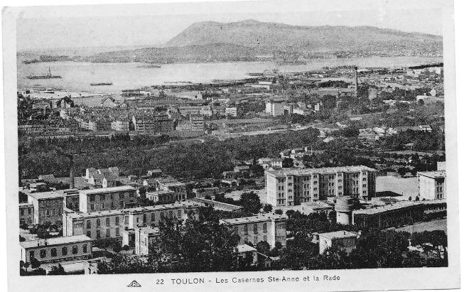 [ Les ports  militaires de métropole ] Toulon des années 30 - Page 2 Captur11