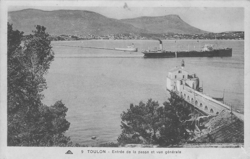 [ Les ports  militaires de métropole ] Toulon des années 30 - Page 2 Toulon14