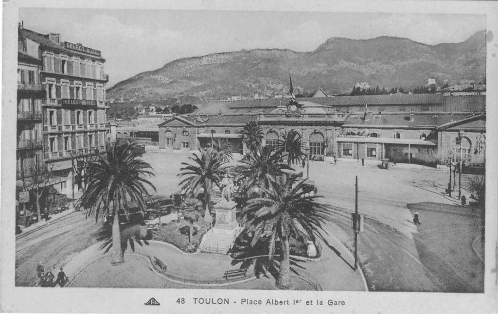 [ Les ports  militaires de métropole ] Toulon des années 30 - Page 2 Toulon19