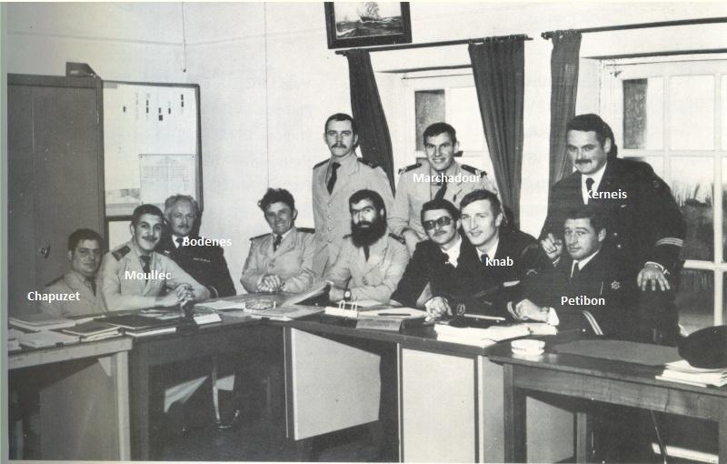 [ École des Mousses ] 76/77 - 2eme compagnie - 5 avril 76/1e Sans_t54