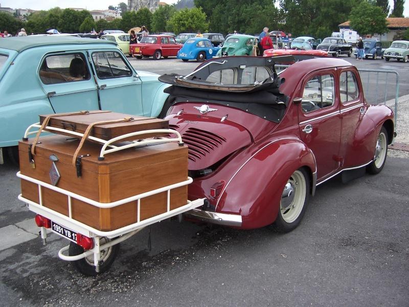 Rrassemblement de vieux véhicules à Sainte 100_1263