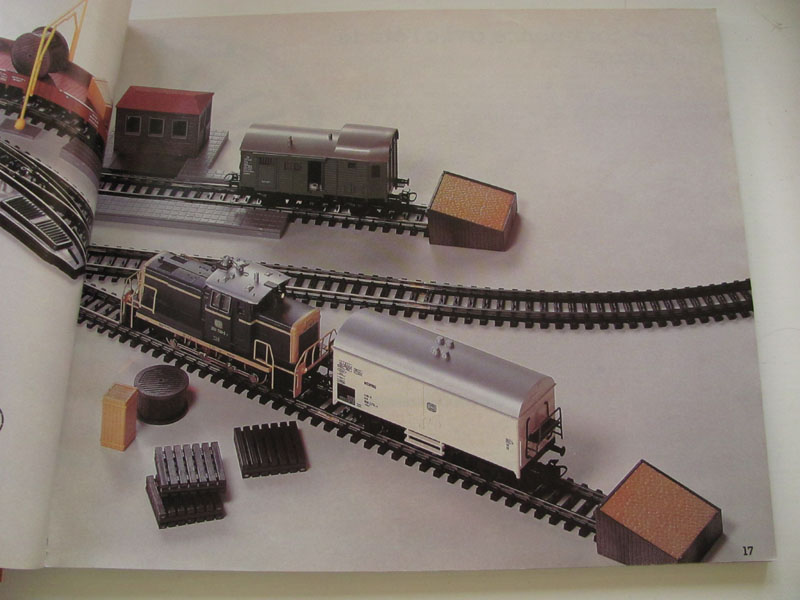 [Märklin] Catalogue 1984-1985 Img_0226