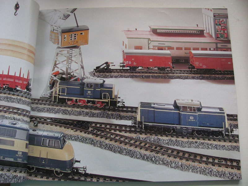[Märklin] Catalogue 1984-1985 Img_0279