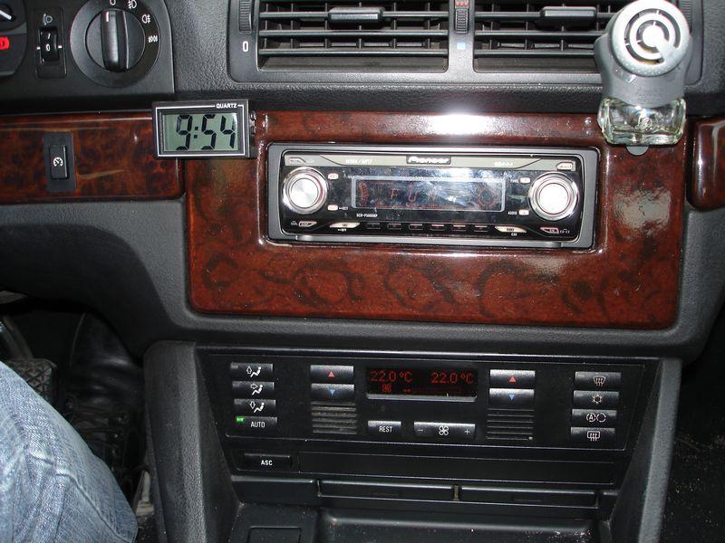 Quel poste equipe votre voiture, on vous ecoute - Page 3 Tn_dsc20